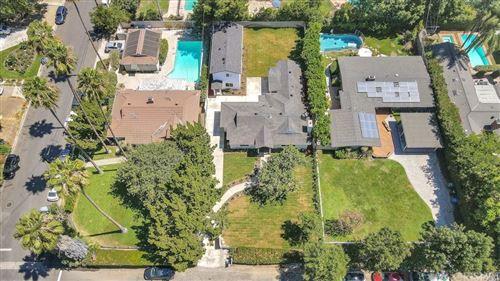 Photo of 6650 & 6652 Orion Avenue, Van Nuys, CA 91406 (MLS # SR21196374)