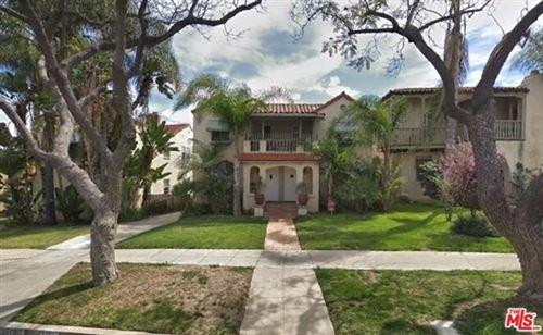 Photo of 1112 S Sycamore Avenue, Los Angeles, CA 90019 (MLS # 20613382)