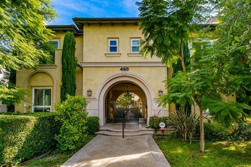 Photo of 480 S Los Robles Avenue #5, Pasadena, CA 91101 (MLS # P1-2409)