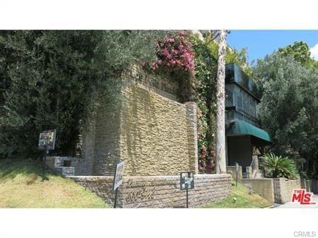 Photo of 3949 Los Feliz Boulevard #211, Los Feliz, CA 90027 (MLS # SR20094414)