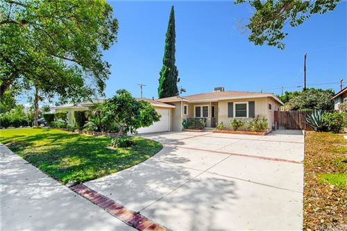 Photo of 6507 Petit Avenue, Lake Balboa, CA 91406 (MLS # SR21204418)