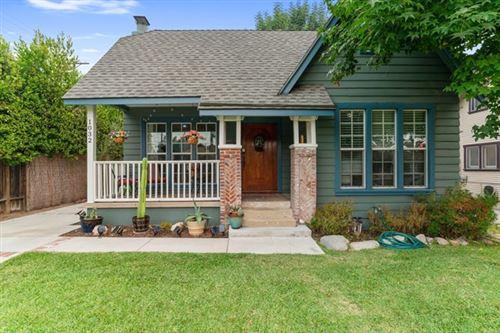 Photo of 1032 N Sierra Bonita Avenue, Pasadena, CA 91104 (MLS # P1-1456)