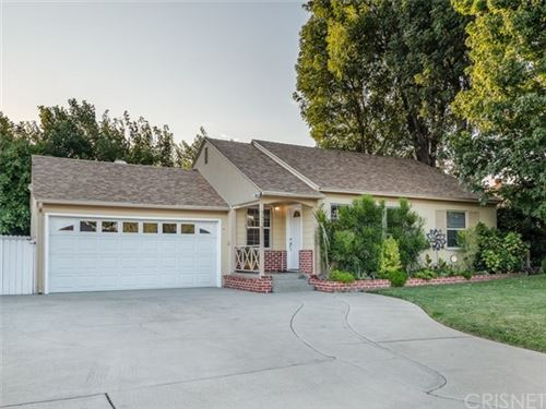 Photo of 7731 Oak Park Avenue, Lake Balboa, CA 91406 (MLS # SR20196461)