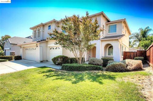 Photo of 1308 Roselinda Ct, Brentwood, CA 94513 (MLS # 40965540)