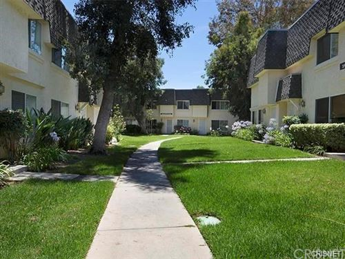 Photo of 19044 Kittridge Street #5, Reseda, CA 91335 (MLS # SR21008542)