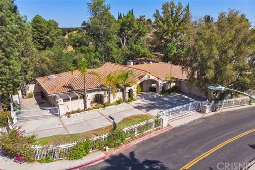 Photo of 4250 Louise Avenue, Encino, CA 91316 (MLS # SR20198545)