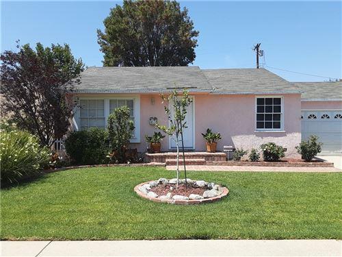 Photo of 16919 Marlin Place, Lake Balboa, CA 91406 (MLS # SR21163548)