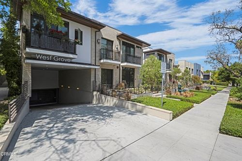 Photo of 125 Hurlbut Street #112, Pasadena, CA 91105 (MLS # P1-4772)