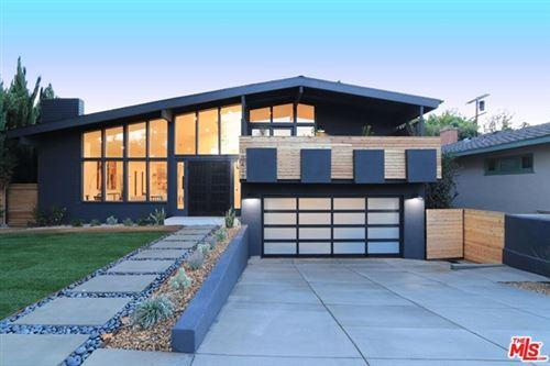 Photo of 10418 Woodbridge Street, Toluca Lake, CA 91602 (MLS # 20634804)