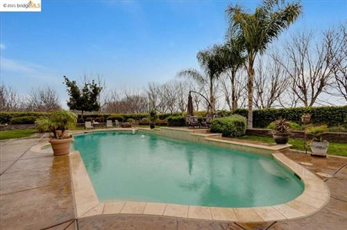 Photo of 5880 Balfour Rd, Brentwood, CA 94513 (MLS # 40935831)