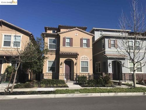 Photo of 762 King Palm Ln, Brentwood, CA 94513 (MLS # 40937900)