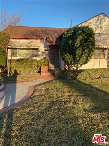 Photo of 1306 N Clybourn Avenue, Burbank, CA 91505 (MLS # 21681920)