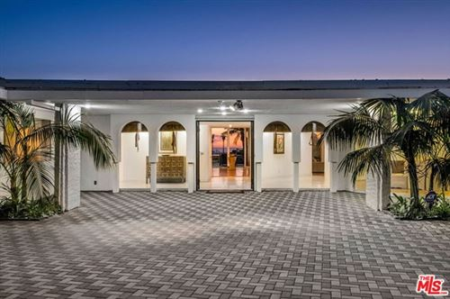 Photo of 450 TROUSDALE Place, Beverly Hills, CA 90210 (MLS # 20654922)