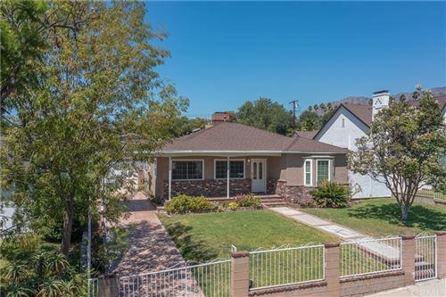 Photo of 905 E Santa Anita Avenue, Burbank, CA 91501 (MLS # PV21189960)