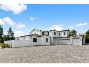 Photo of 22940 HATTERAS Street, Woodland Hills, CA 91367 (MLS # SR19066001)