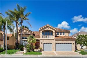 Photo of 24915 VISTA VERENDA, Woodland Hills, CA 91367 (MLS # SR19135029)