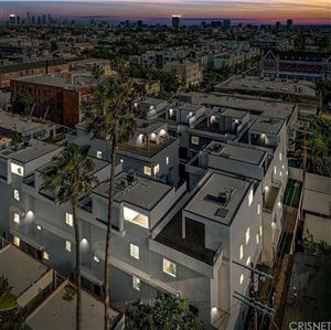 Photo of 737 North GRAMERCY PLACE 1/2, Hollywood, CA 90038 (MLS # SR19055033)