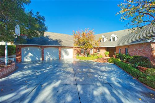 Photo of 506 OAKHAMPTON Street, Thousand Oaks, CA 91361 (MLS # 219011055)