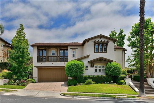 Photo of 3702 SUNSET RIDGE Road, Altadena, CA 91001 (MLS # 819003197)