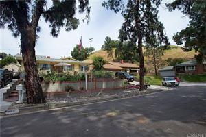Photo of 9951 GLENCREST Circle, Burbank, CA 91504 (MLS # SR19089356)