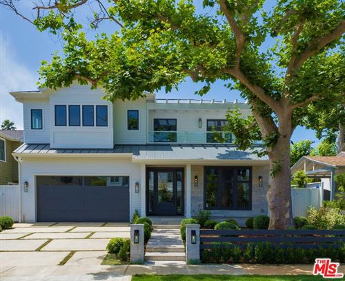 Photo of 531 ARBRAMAR Avenue, Pacific Palisades, CA 90272 (MLS # 19495424)