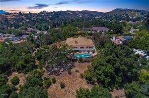 Photo of 976 RANCH HOUSE Road, Westlake Village, CA 91361 (MLS # 219005442)