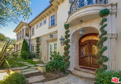 Photo of 2680 BOWMONT Drive, Beverly Hills, CA 90210 (MLS # 19494462)
