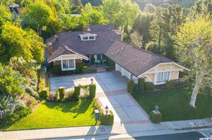 Photo of 9847 WHITWELL Drive, Beverly Hills, CA 90210 (MLS # 319001504)