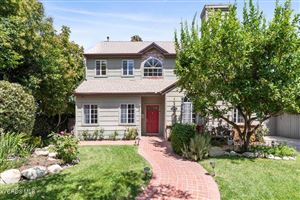 Photo of 22047 VISCANIO Road, Woodland Hills, CA 91364 (MLS # 219010615)