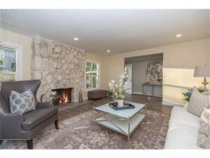 Photo of 5117 LUBAO Avenue, Woodland Hills, CA 91364 (MLS # SR19075623)