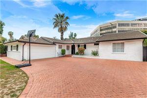 Photo of 16141 DICKENS Street, Encino, CA 91436 (MLS # SR19121625)