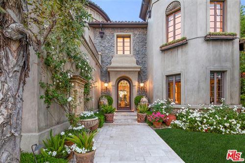 Photo of 13969 AUBREY Road, Beverly Hills, CA 90210 (MLS # 19510638)