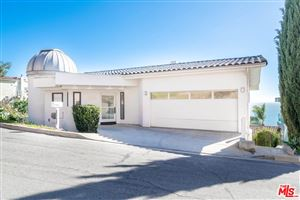 Photo of 21566 RAMBLA Vista, Malibu, CA 90265 (MLS # 19443644)