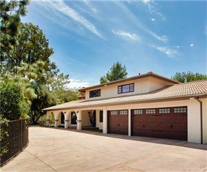 Photo of 20254 WELLS Drive, Woodland Hills, CA 91364 (MLS # SR19117752)