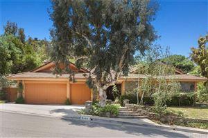 Photo of 6109 PASEO LA VISTA, Woodland Hills, CA 91367 (MLS # SR19112753)