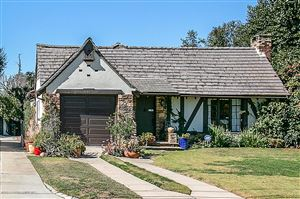 Photo of 2193 North HOLLISTON Avenue, Altadena, CA 91001 (MLS # 819000833)