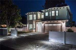 Photo of 12415 LANDALE Street, Studio City, CA 91604 (MLS # SR19110876)