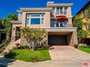 Photo of 16665 CALLE BRITTANY, Pacific Palisades, CA 90272 (MLS # 19453886)