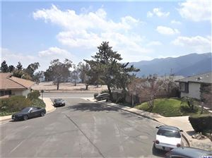 Photo of 3811 ARNELL Place, Glendale, CA 91214 (MLS # 319000992)