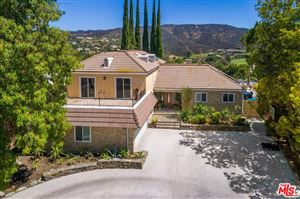 Photo of 18780 PASADERO Drive, Tarzana, CA 91356 (MLS # 19461998)
