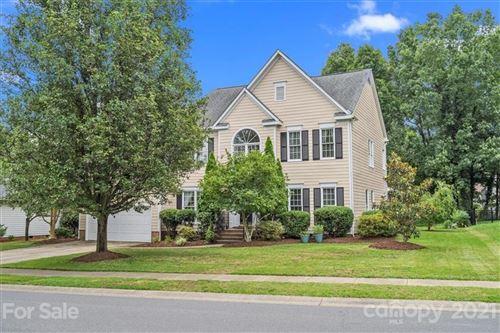 Photo of 4730 Crownvista Drive, Charlotte, NC 28269-0869 (MLS # 3754227)