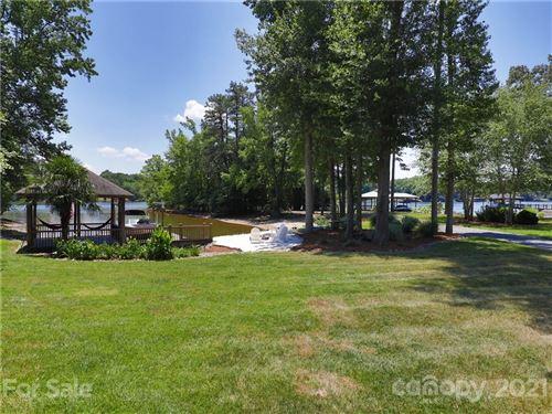 Photo of 4453 River Oaks Road, Lake Wylie, SC 29710-7026 (MLS # 3751315)