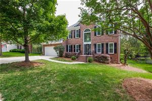 Photo of 5615 Fairvista Drive, Charlotte, NC 28269 (MLS # 3525416)