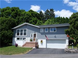 Photo of 112 Barrington Road, Syracuse, NY 13214 (MLS # S1198671)