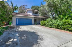 Photo of 42139 Camino Santa Barbara, FREMONT, CA 94539 (MLS # 40879028)