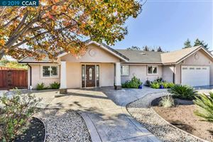 Photo of 721 Pagosa Ct, WALNUT CREEK, CA 94597 (MLS # 40858031)