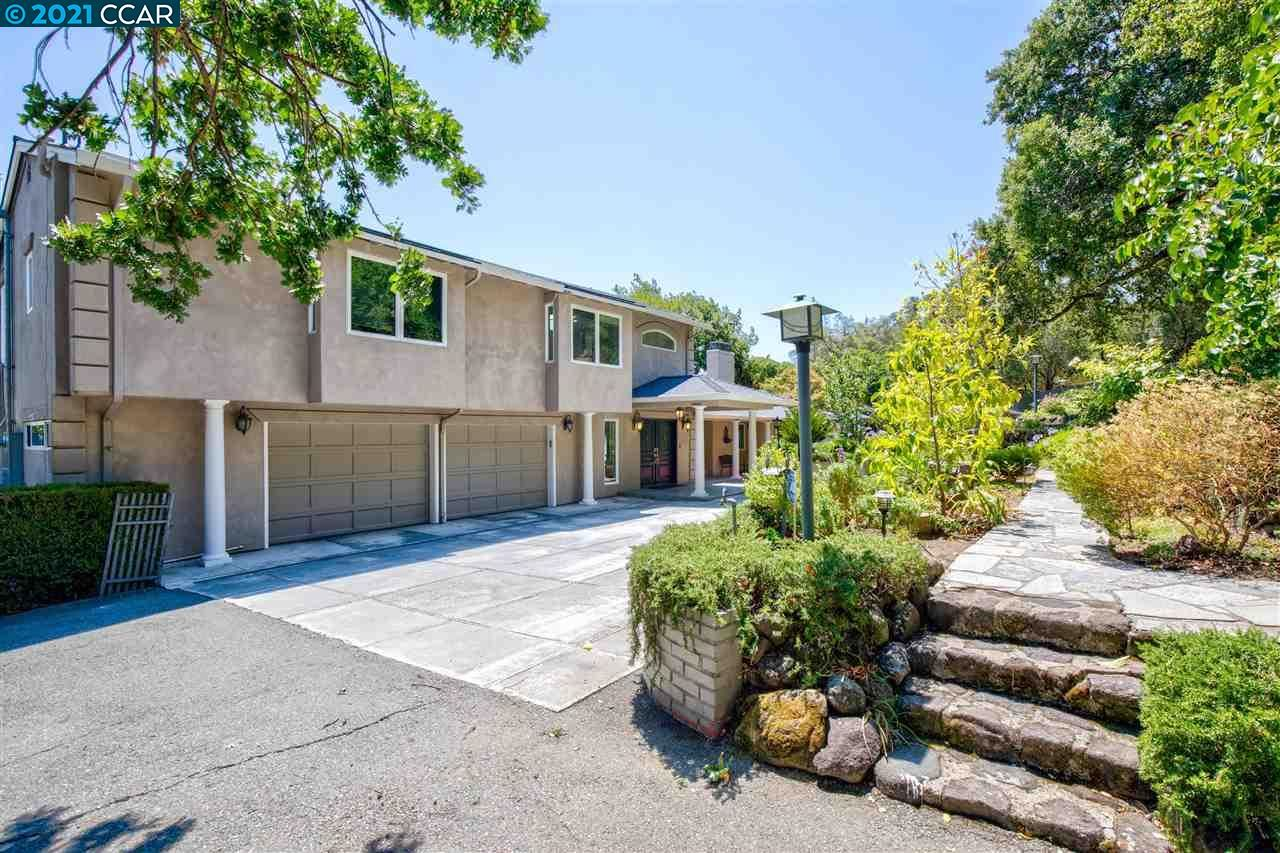 Photo of 1553 Rancho View Dr, LAFAYETTE, CA 94549 (MLS # 40959211)