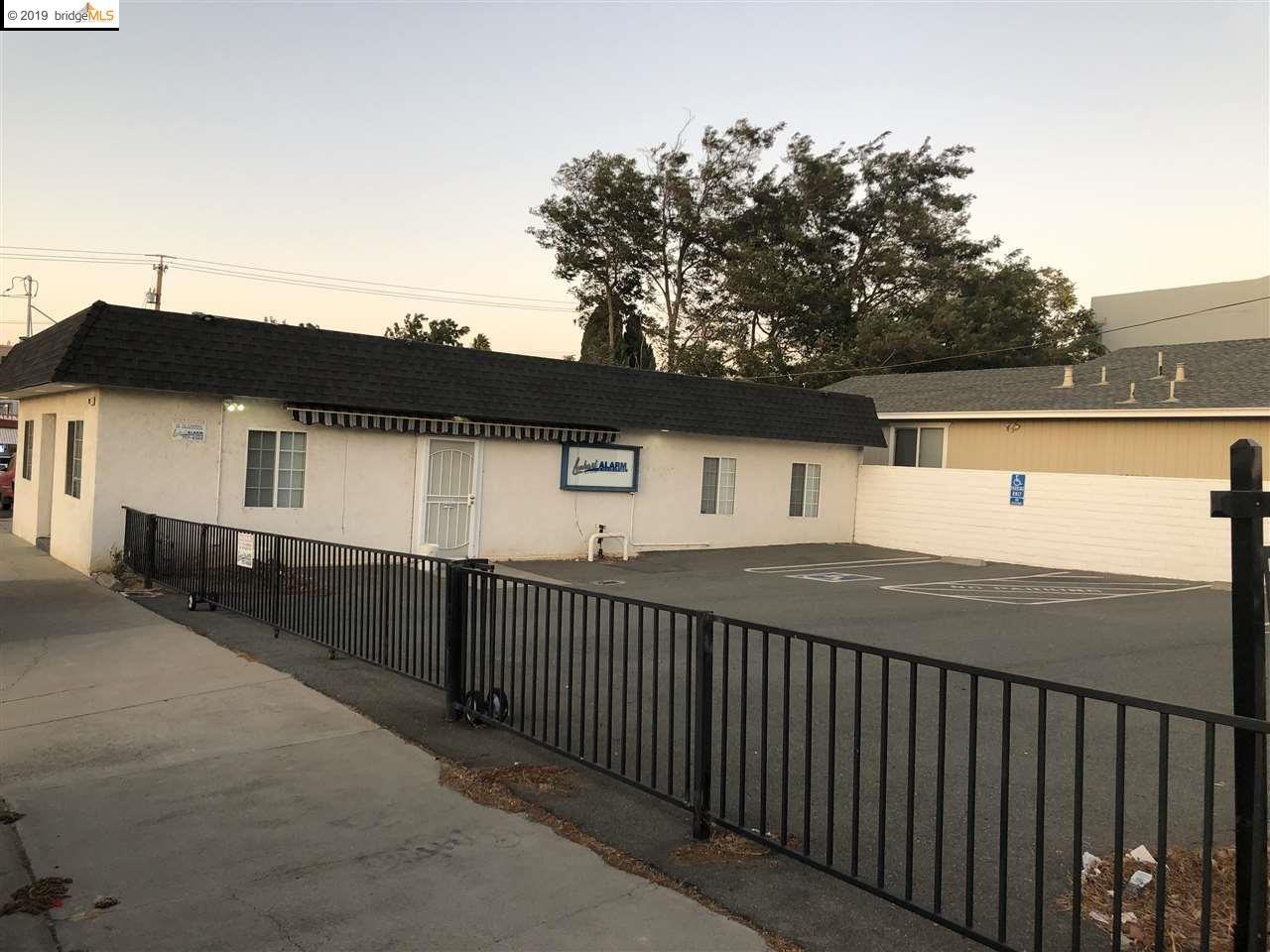 Photo of 909 H St, ANTIOCH, CA 94509 (MLS # 40886259)