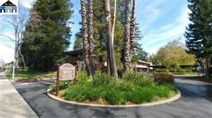 Photo of 2742 Oak Road #199, WALNUT CREEK, CA 94597 (MLS # 40856284)