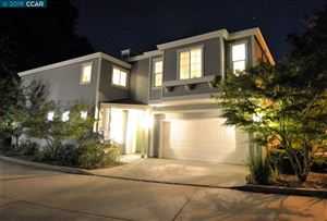 Photo of 23 Oak Gate Place, PLEASANT HILL, CA 94523 (MLS # 40880420)